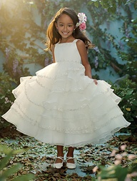 Wedding Philippines - 2013 Disney Fairytale Wedding Collection by Alfred Angelo - Disney Blossoms 03