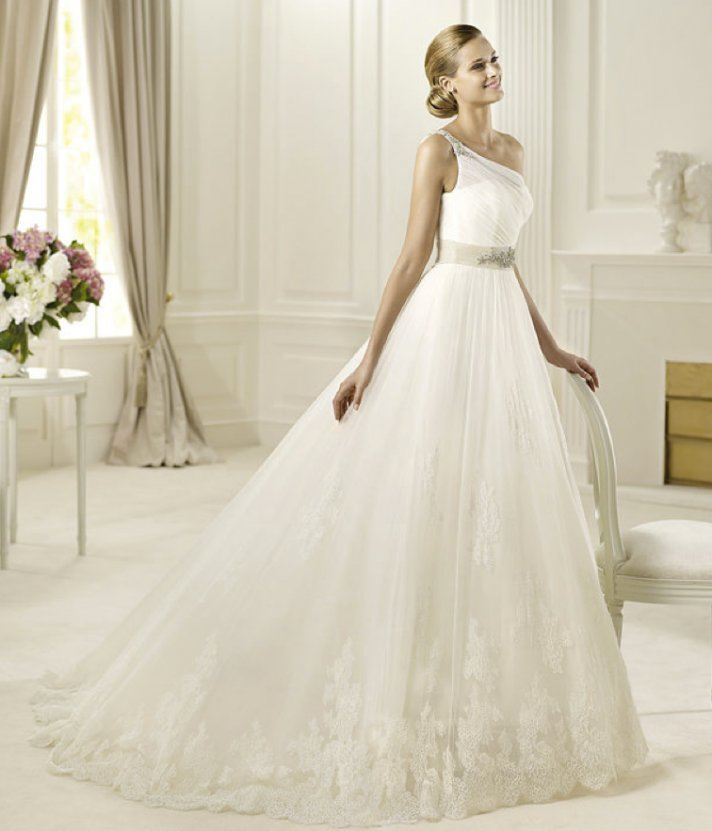 Wedding Philippines - 2013-wedding-dress-pronovias-glamour-collection-bridal (13)